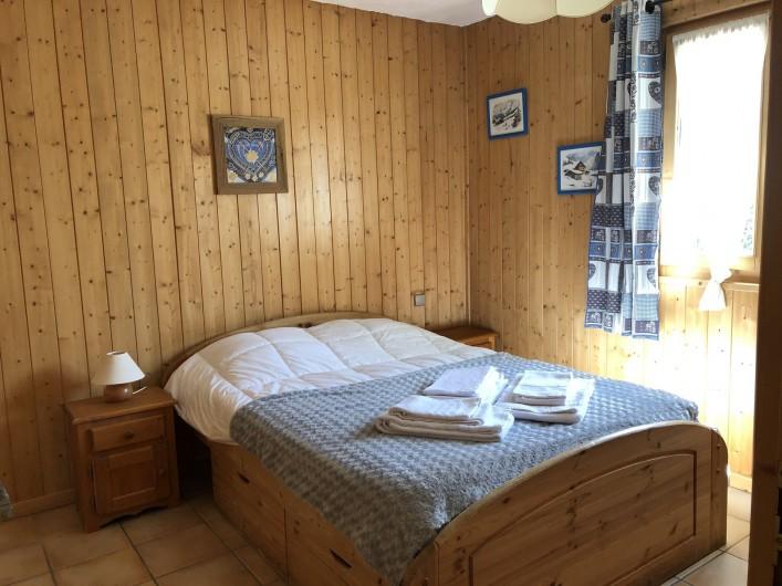 Location de vacances - Chalet à Les Gets - chambre