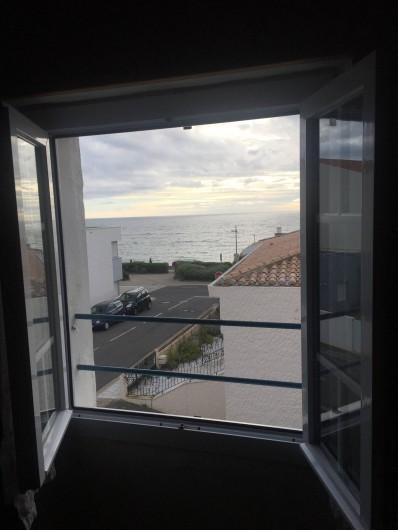 Location de vacances - Villa à Saint-Hilaire-de-Riez - Vue mer de la chambre 3