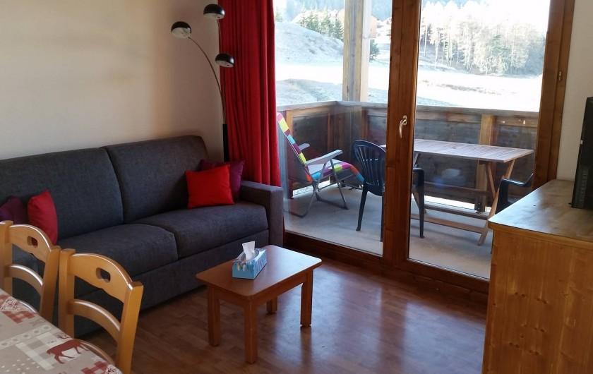 Location de vacances - Appartement à La Joue du Loup - COIN SALON