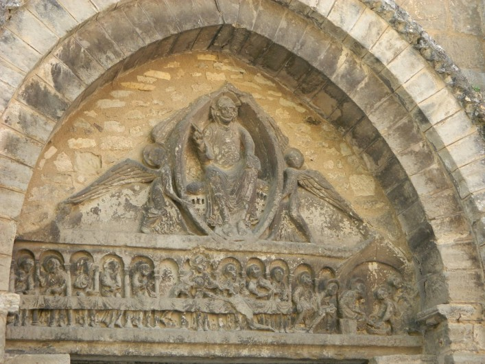 Location de vacances - Camping à Bellenaves - Tympan de l'église romane (11-12e s.) de Bellenaves