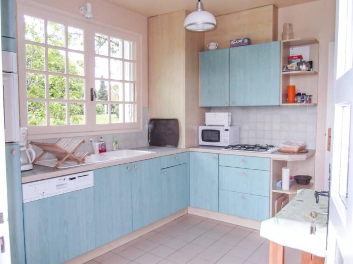 Location de vacances - Maison - Villa à Montcuq - Cuisine bien equipée