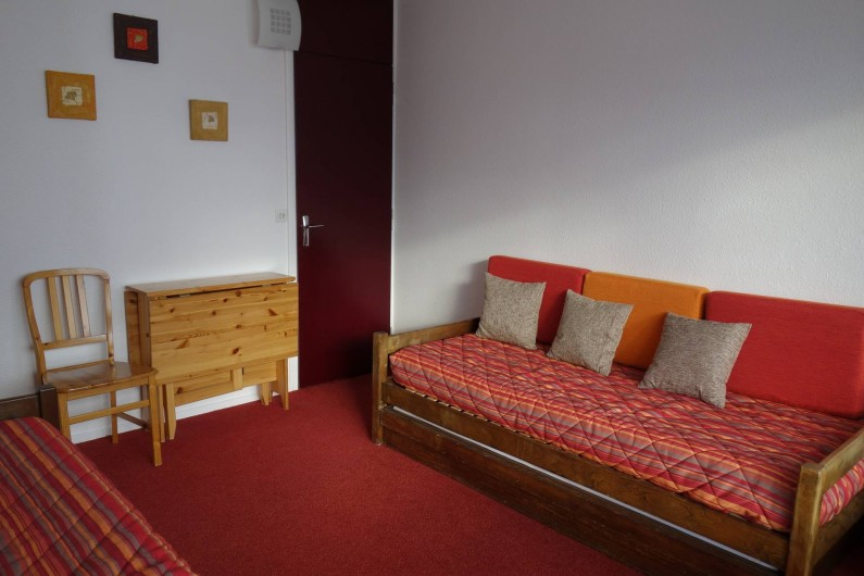 Location de vacances - Appartement à Les Menuires - Chambre couchage 2 lits simples
