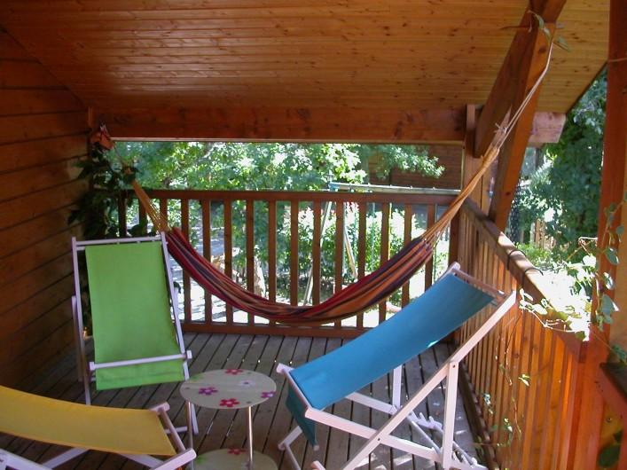 Location de vacances - Chalet à La Teste-de-Buch - balcon couvert