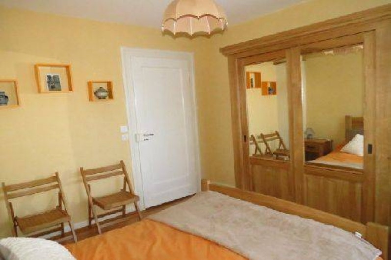 Location de vacances - Villa à Strasbourg - Chambre N°1