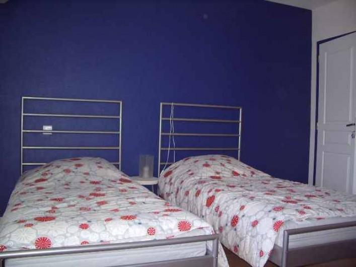 Location de vacances - Gîte à Caylus - gite la colonie chambre + salle d'eau et wc