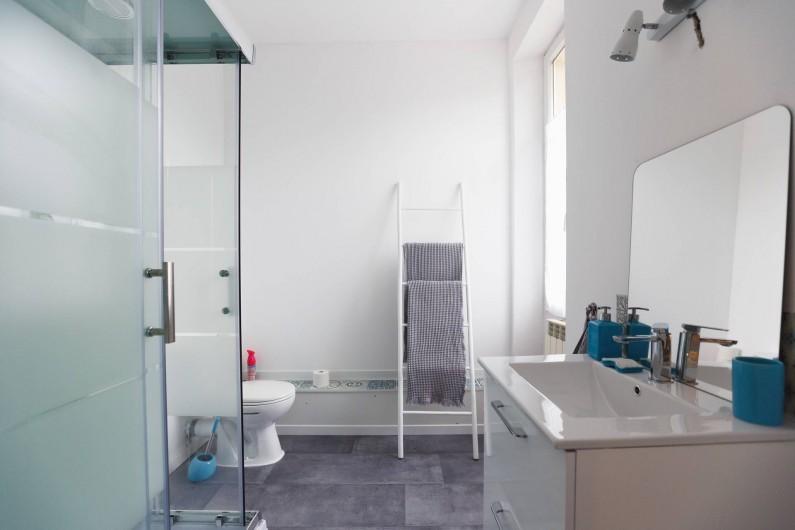 Location de vacances - Chambre d'hôtes à Sauternes - Château Filhot Salle d'eau