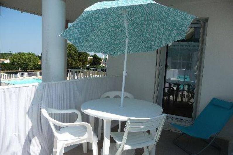 Location de vacances - Studio à Les Sables-d'Olonne - la vue du balcon n°2
