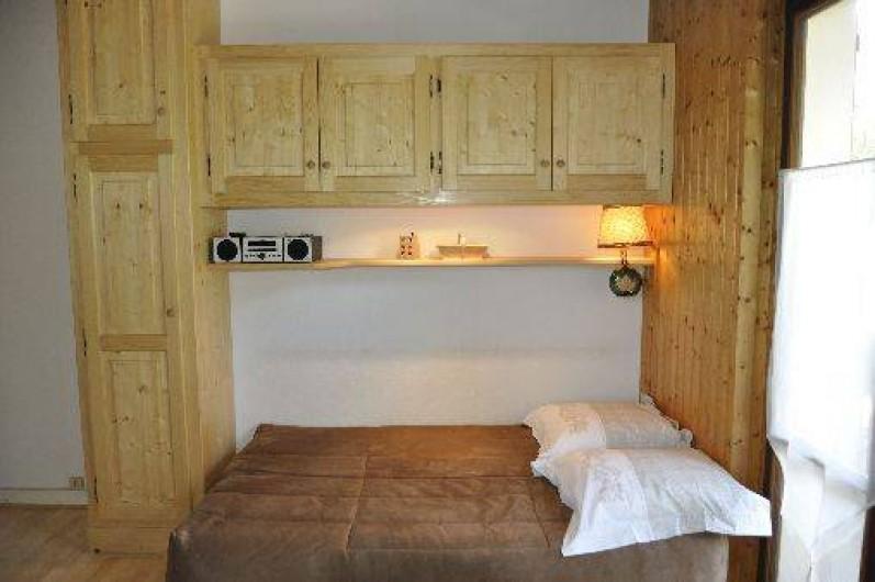 Location de vacances - Appartement à Morzine - Lit 2 personnes dans séjour