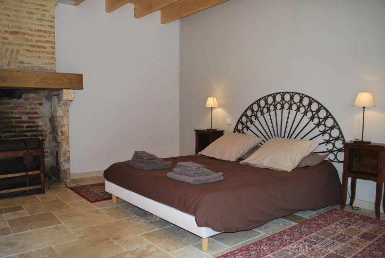 Location de vacances - Gîte à Eygurande-et-Gardedeuil - Chambre du rdc. Gîte de la Guirandole-Eygurande et Gardedeuil-Dordogne