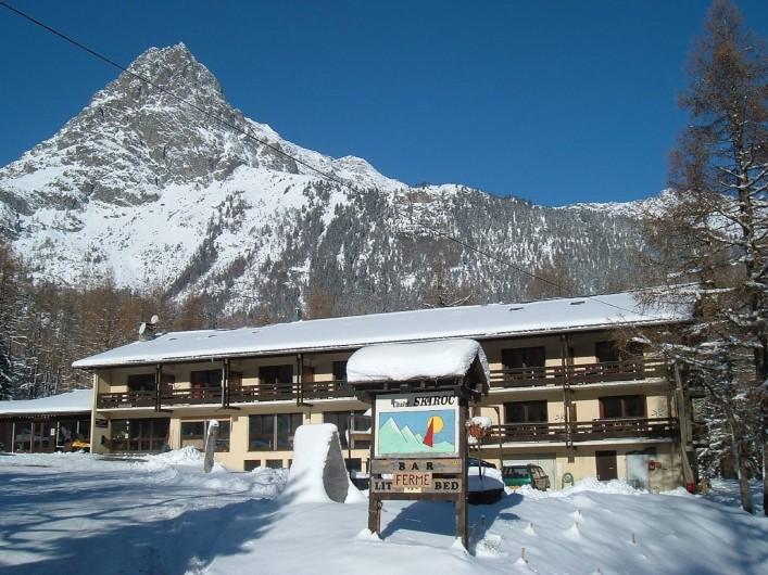 Location de vacances - Centre de vacances à Vallorcine - Chalet SKIROC - hiver