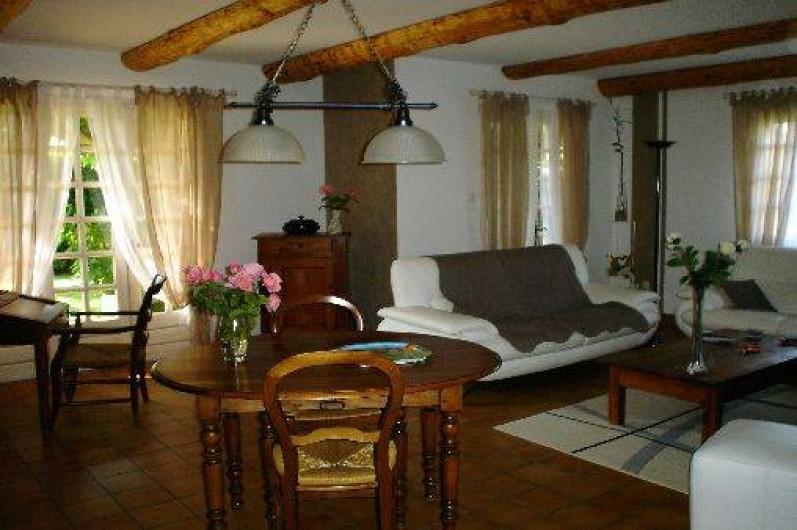 Location de vacances - Villa à Vénéjan