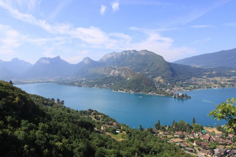 Location de vacances - Gîte à Annecy - Panorama à proximité
