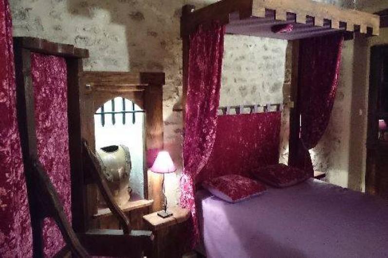 Location de vacances - Gîte à Servas - Grande chambre Médiévale