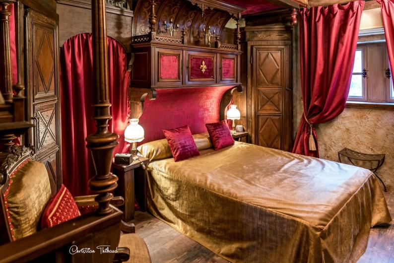 Location de vacances - Gîte à Servas - Chambre d'hôte Cardinale ( petite suite de 40 m2 )
