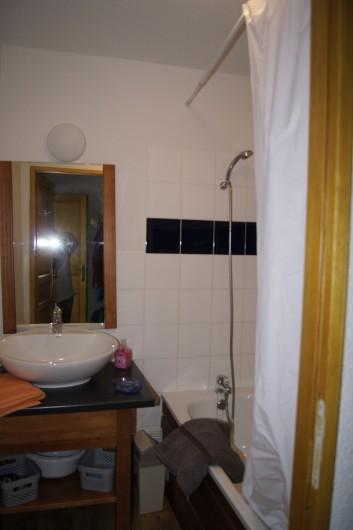 Location de vacances - Appartement à Loudenvielle - Salle de bains