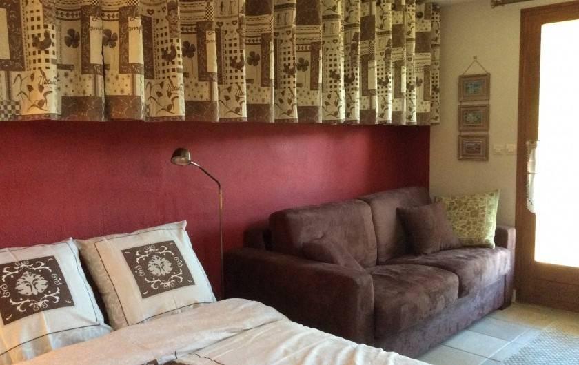 Location de vacances - Chalet à Barcelonnette - Chambre 5 : avec WC et lave main.   4 couchages possibles.