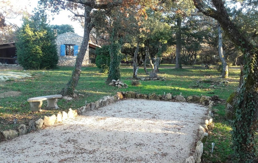 Location de vacances - Villa à Saignon - terrain de boules