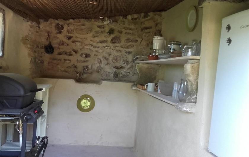 Location de vacances - Villa à Saignon - cuisine d'été