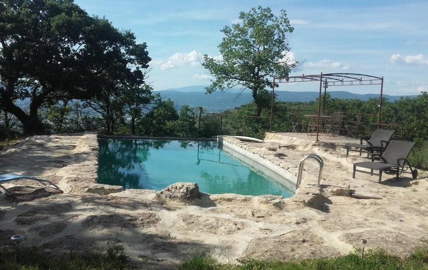 Location de vacances - Villa à Saignon - vue de la maison