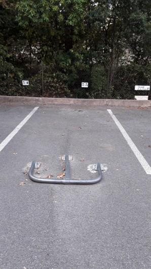 Location de vacances - Appartement à Saint-Aygulf - Parking privatif avec barrière