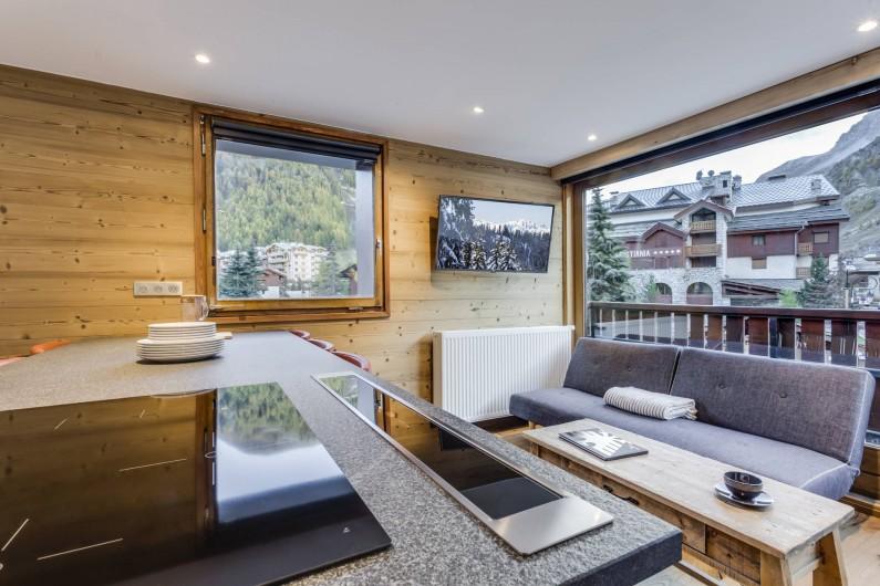 Location de vacances - Appartement à Val-d'Isère - La pièce de vie