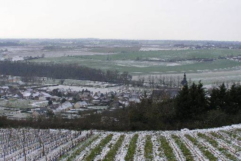 Location de vacances - Studio à Saint-Aubin-de-Luigné - Le village sous la neige