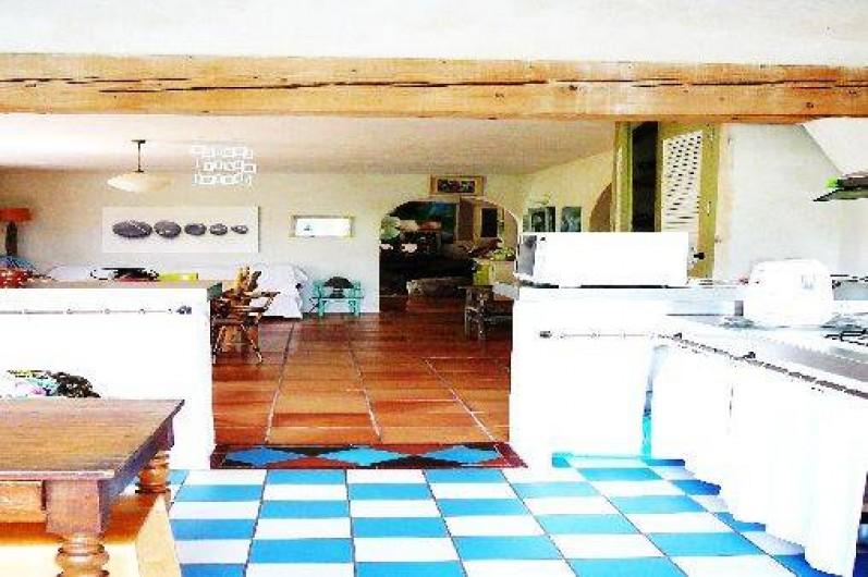 Location de vacances - Villa à Saignon - cuisine salle à manger