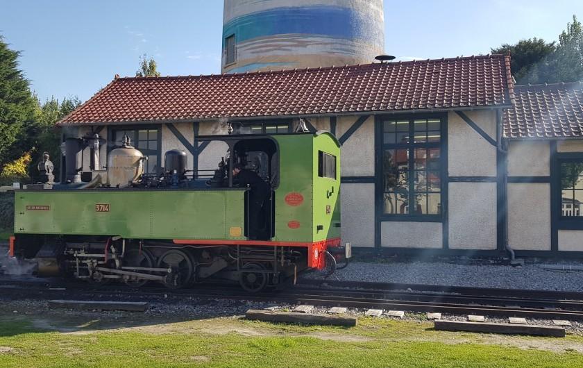 Location de vacances - Gîte à Le Crotoy - Gare du Petit train touristique de la baie de Somme, à 30 mètres de la maison