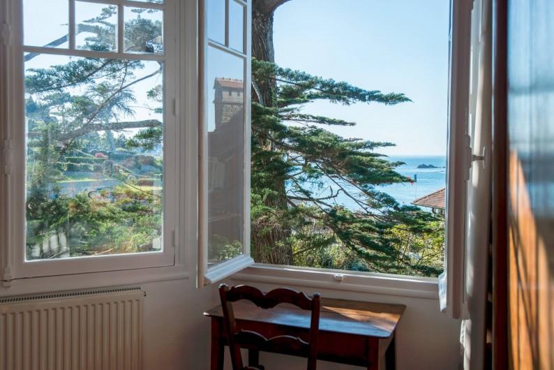 Location de vacances - Villa à Dinard - Vue Mer - Chambre 2