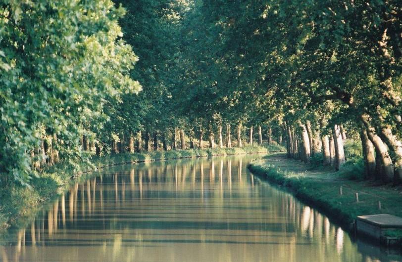 Location de vacances - Insolite à Villedubert - Vue sur Canal