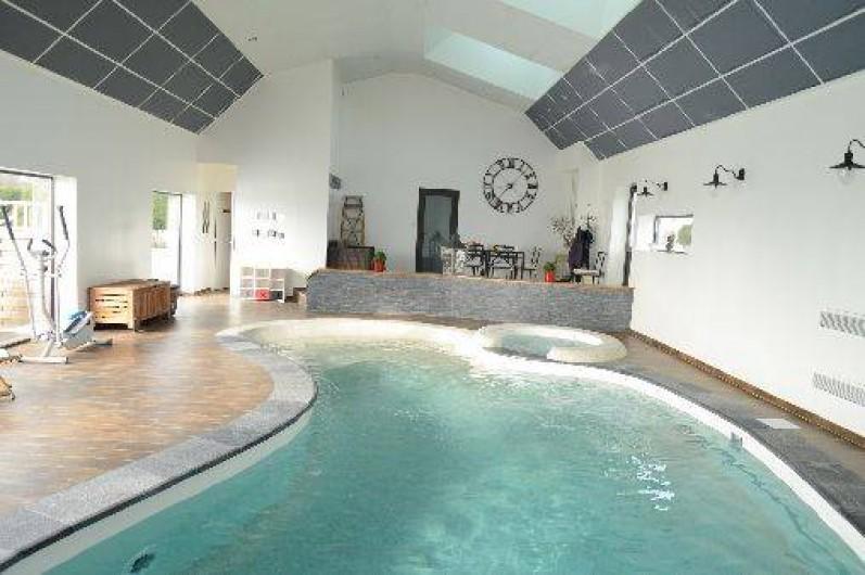 g tes confort avec piscine couverte et jacuzzi banogne