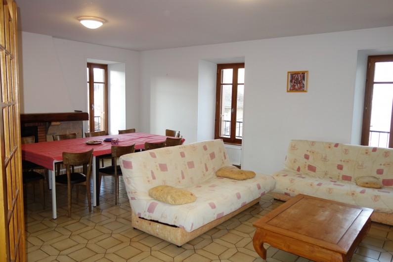 Location de vacances - Appartement à Pontgibaud - salle à manger