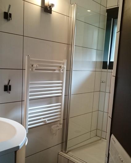 Location de vacances - Chalet à Saint-Lary-Soulan - Salle de bains