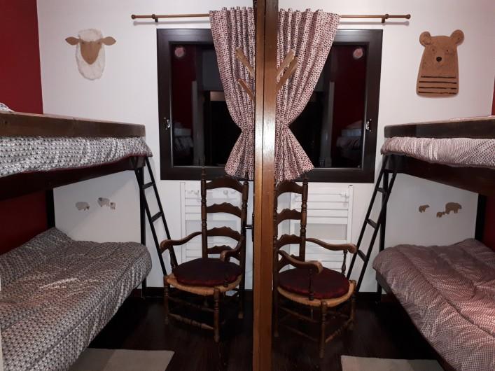 Location de vacances - Chalet à Saint-Lary-Soulan - Chambres 2 et 3