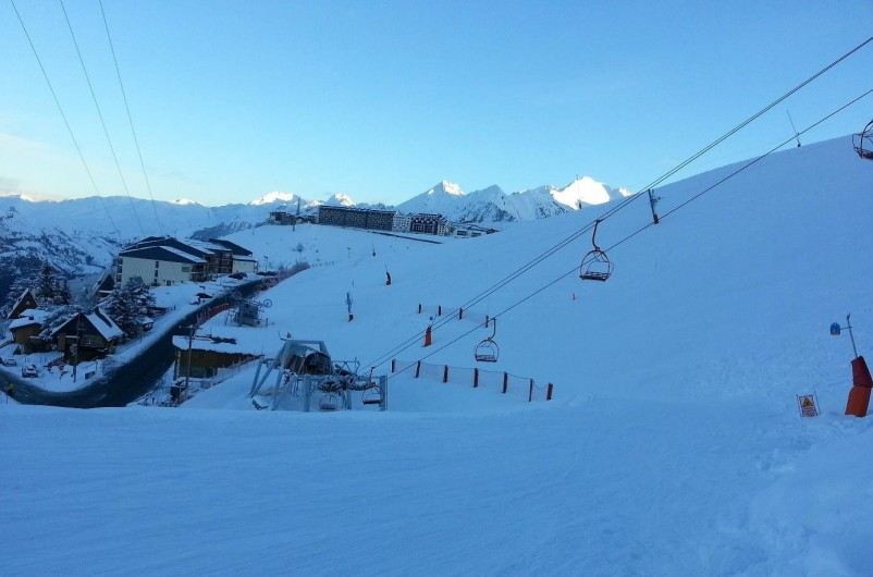 Location de vacances - Chalet à Saint-Lary-Soulan - Chalet vu des pistes