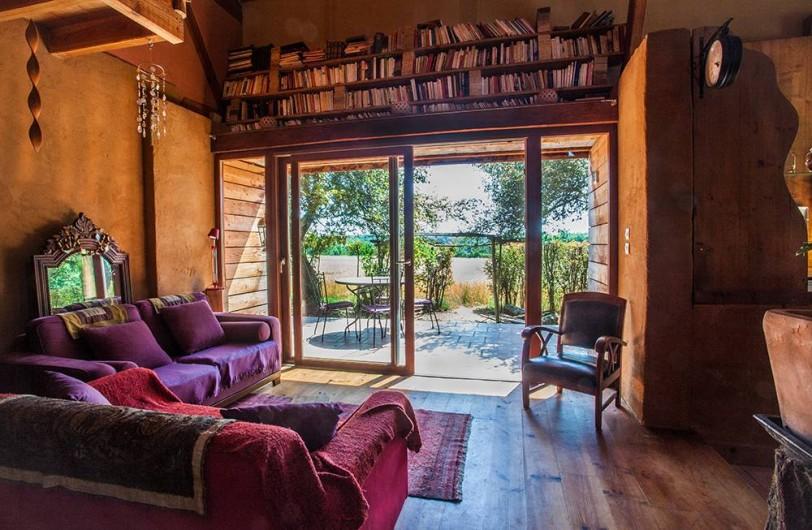 Location de vacances - Villa à Monestier - Notre salon avec vue sur la terrasse sud