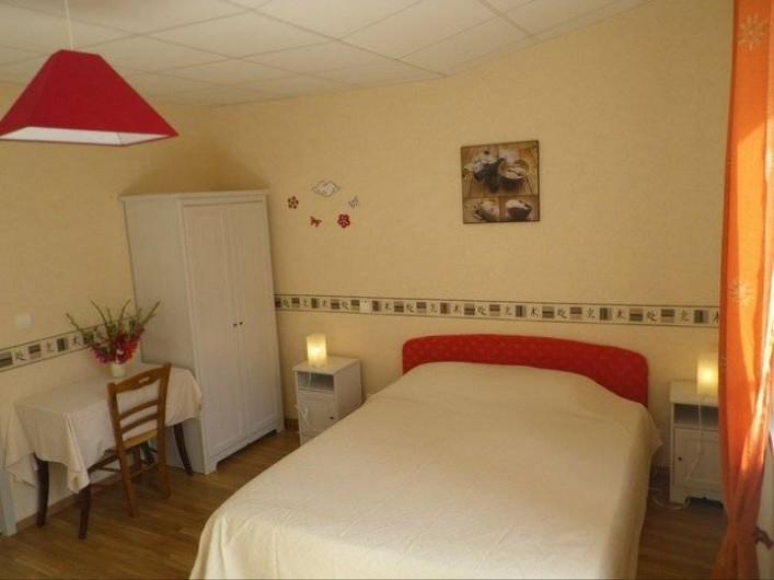 Location de vacances - Chambre d'hôtes à Les Maillys - chambre asie