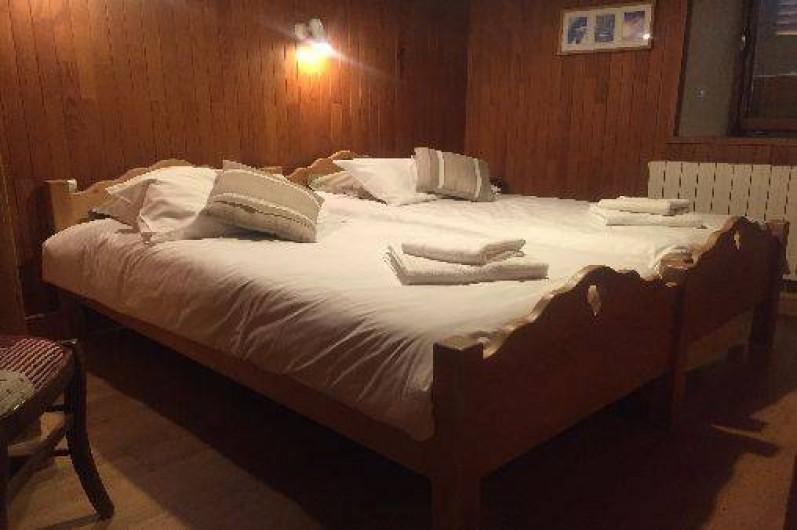 Location de vacances - Appartement à Morzine - chambre 1  gentiane