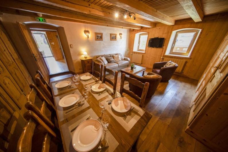 Location de vacances - Appartement à Morzine - coin séjour GENTIANE