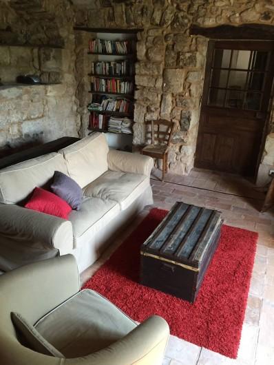Location de vacances - Maison - Villa à Vinezac - Salon du Figuier