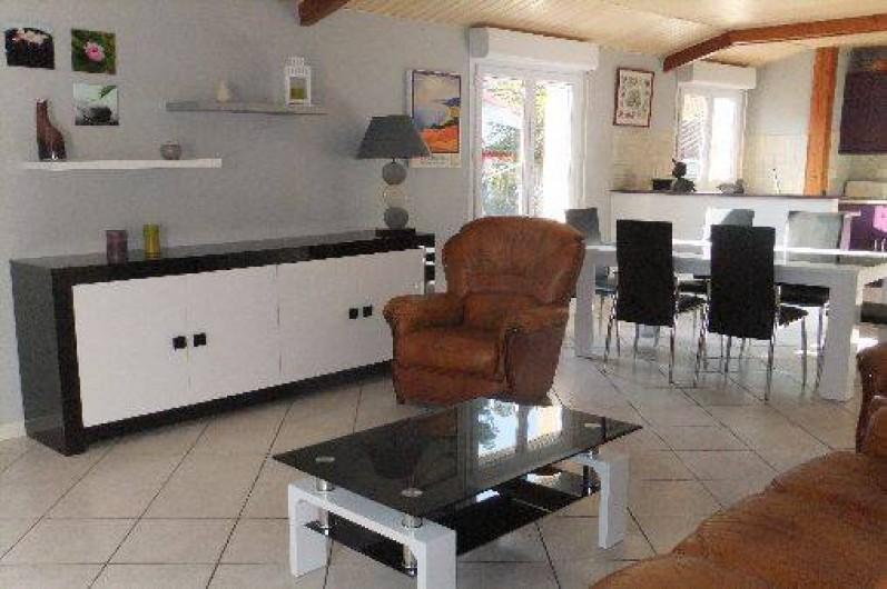 Location de vacances - Villa à Lacanau - salon-séjour