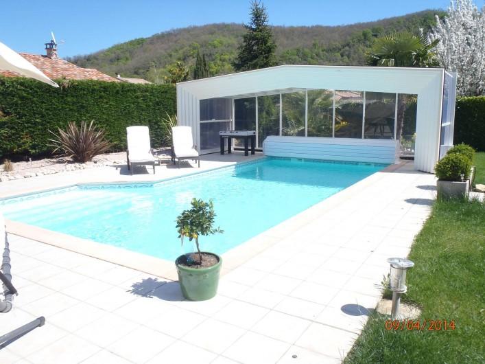 Location de vacances - Villa à Muret - La piscine découverte
