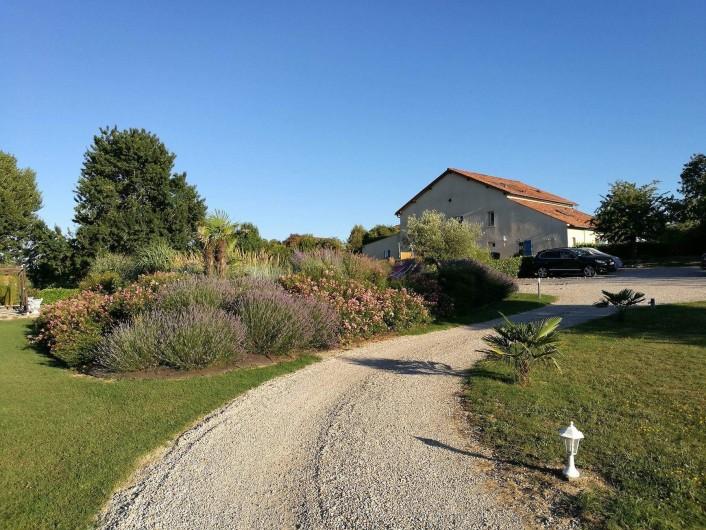 Location de vacances - Gîte à Labastide-de-Lévis - Le Domaine 3 Soleils