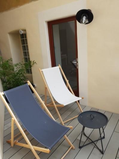 Location de vacances - Appartement à Saint-Montan - Acampadis -Terrasse