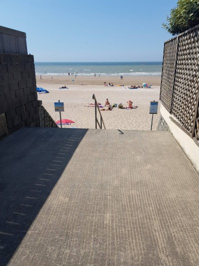 Location de vacances - Appartement à Blonville-sur-Mer - Chemin d'accès à la plage