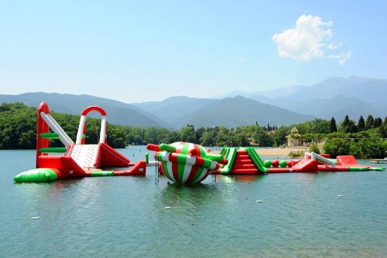 Location de vacances - Gîte à Rigarda - le lac aménagé à 2 kms du gîte