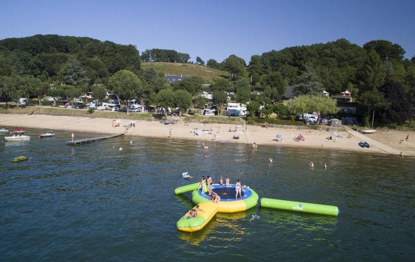 Location de vacances - Camping à Salles-Curan - parc aquatique au camping beau-rivage du lac de pareloup en aveyron
