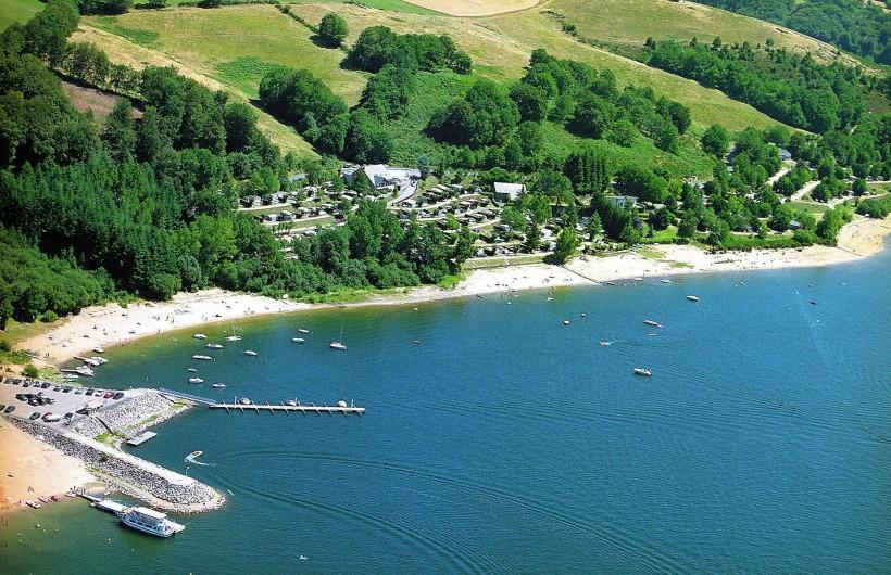 Location de vacances - Camping à Salles-Curan - port camping beau-rivage lac de pareloup avec accès direct plage