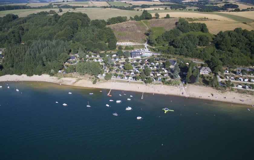 Location de vacances - Camping à Salles-Curan - camping beau-rivage lac de pareloup Aveyron avec accès direct plage
