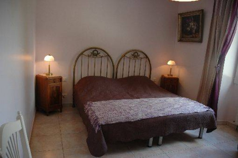 Location de vacances - Gîte à Badefols-sur-Dordogne - Chambre n°1 de LA  LONGERE
